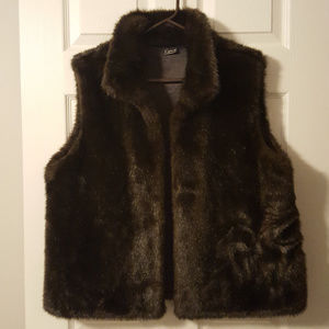 Womens Trendy Faux Fur Vest